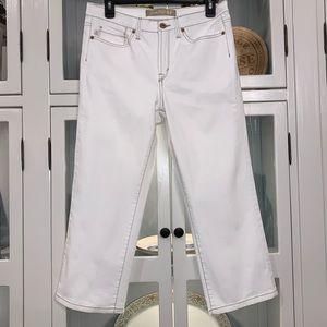 Jeanstar Lightweight White Capris Size 8 NWOT